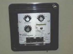 過電流継電器(OCR)